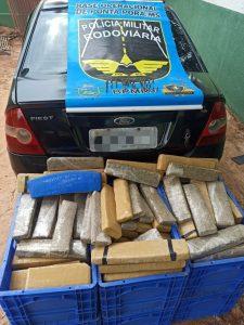 PMR apreende maconha e munições com traficante que retornava da fronteira
