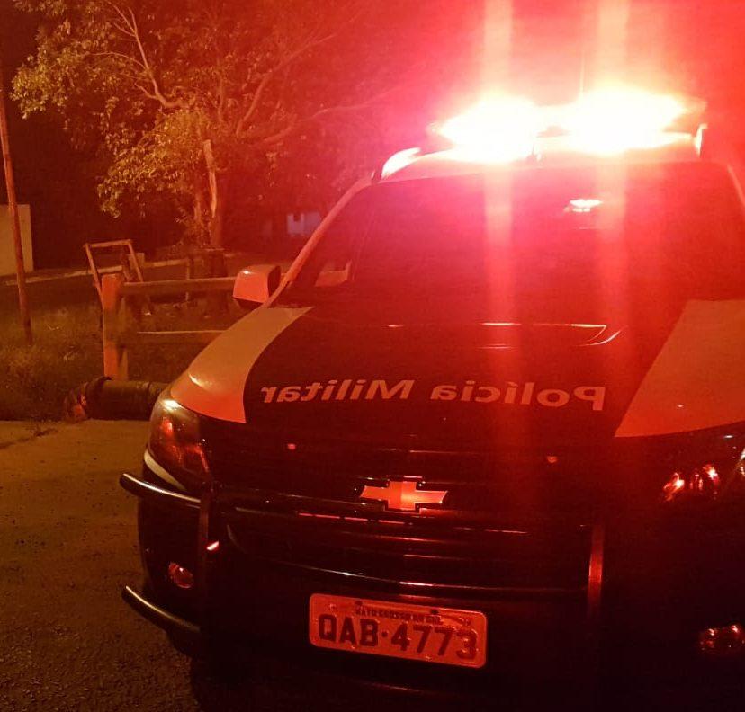 Polícia Militar em Paranaíba cumpre dois mandados de prisão durante abordagem