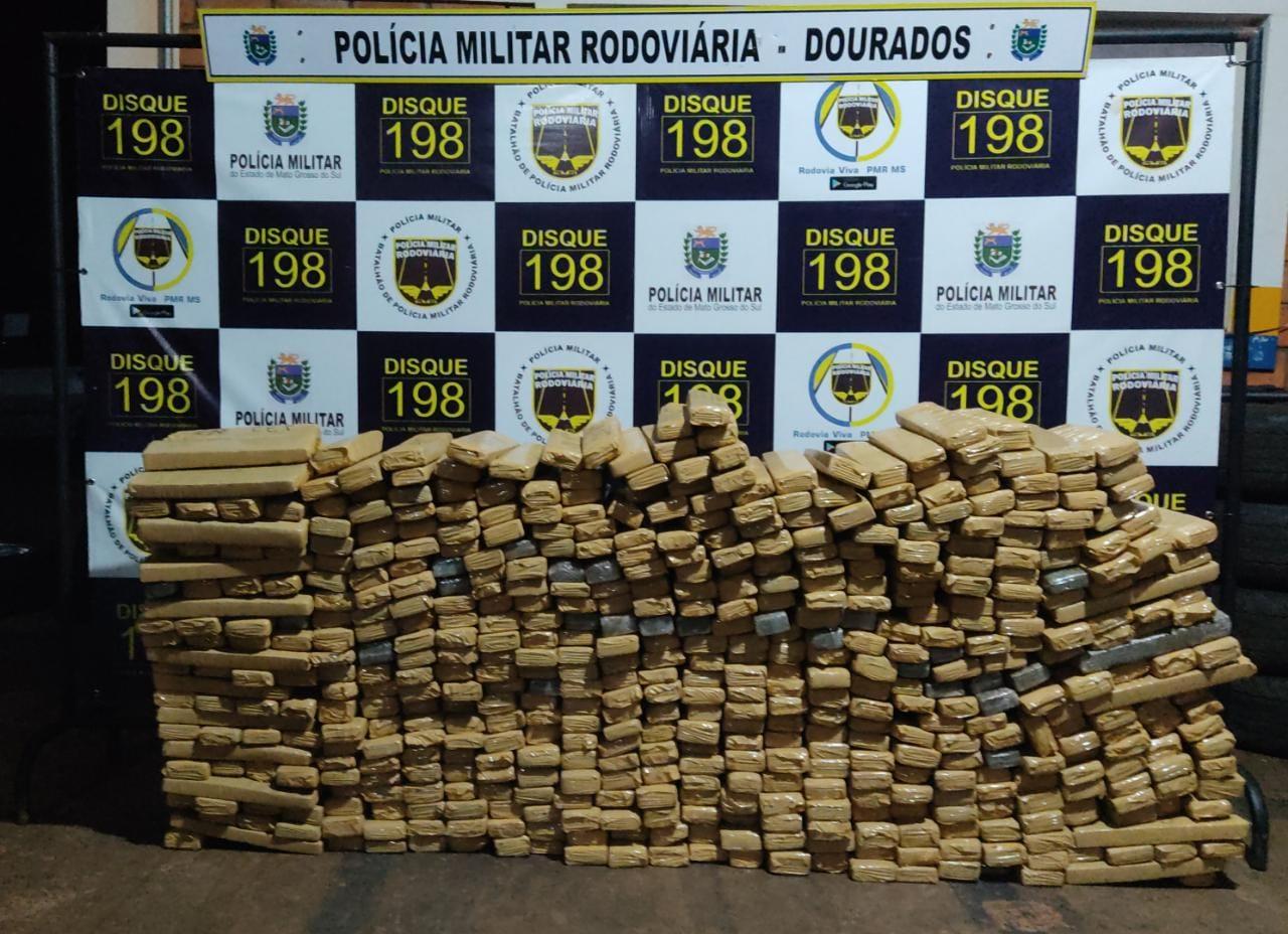 PMR faz 2ª apreensão de drogas e recupera veículo produto de roubo/furto