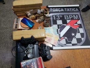 Polícias Civil e Militar prendem traficante e apreende quase 8 quilos de drogas