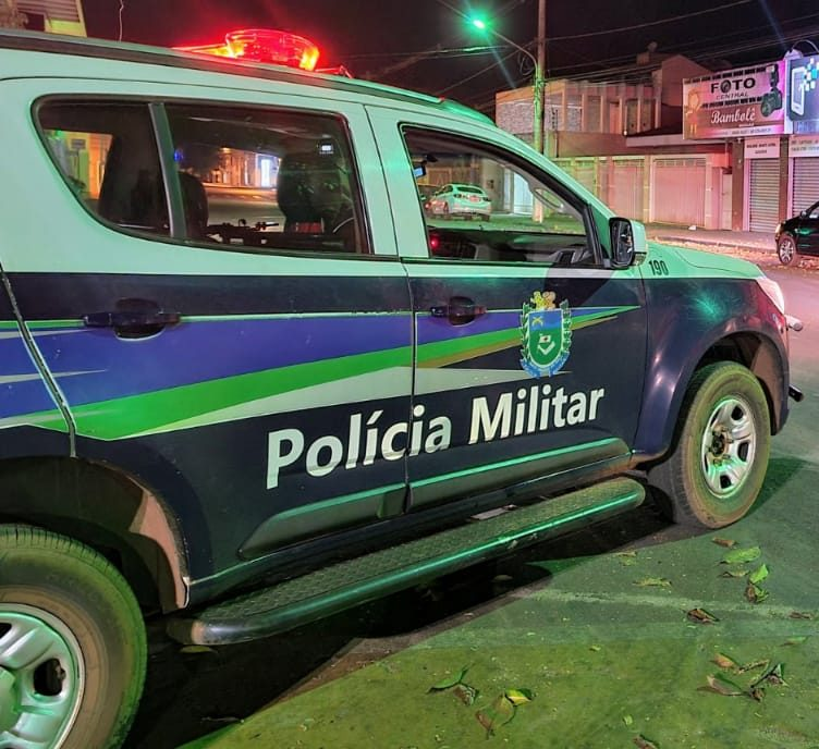 Polícia Militar prende homem por fornecer falsa identidade e outro por desobedecer ordem judicial